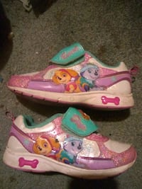 pink-and-purple Disney Frozen shoes Lacey, 98503