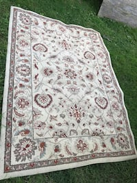 White and red floral area rug Clifton, 07011