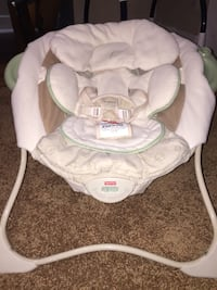 Baby seat with music & vibration  Findlay, 45840