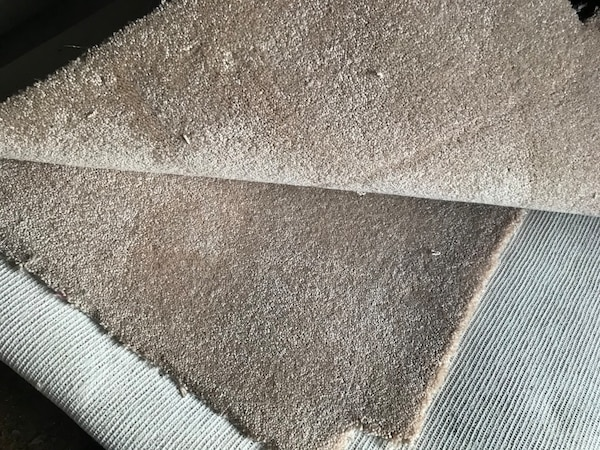 Free Carpet (USED)