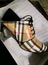 Style Burberry New shoes  Rockville, 20854