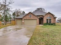 HOUSE For Rent 3BR 3BA Conroe, 77303