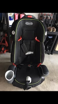 Graco car seat (built in 5 point harness system) Surrey, V3R