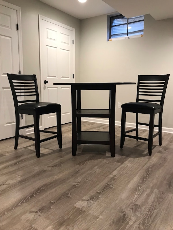 Counter-Height Table and Stools