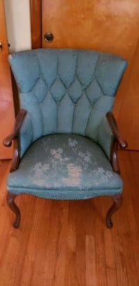 2 Queen Anne Chairs  East Syracuse, 13057