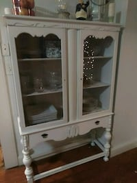 white wooden framed glass display cabinet Rockford, 61103