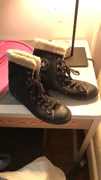 Converse Boots  (size 10) Chicago, 60632