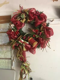 red and green floral wreath null