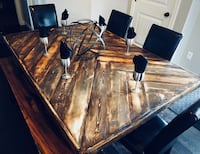 Rustic Dining / Kitchen Table ready for a new home! Edmonton, T6T 1P5