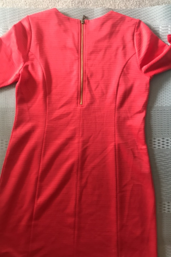Ladies fitted dress from Tommy figure size 12 b2e2c4e2-c3e5-4679-9040-5fd64e23b190