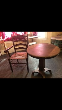 Antique table and chair $40 OBO  Gardner, 01440