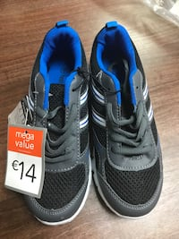 Children's super lightweight mesh trainers size 1 new with tags  Birmingham, B42 1SH