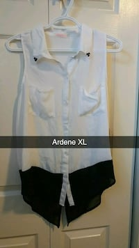 women's extra large white and black blouse Orillia
