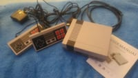 Retro video game console (600 games) Milton, L9T 1R7