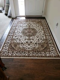 Cream and brown color, new 5'by8',Kashmir area rug