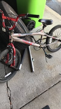 white and red BMX bike West Bloomfield, 48324