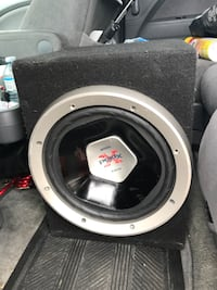 "Car 12"" subwoofer and amp ready to hookup Richmond Hill, L4E 3L2"