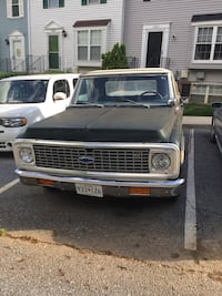 1972 Chevrolet C1O/convertible top snaps on in snaps off Damascus