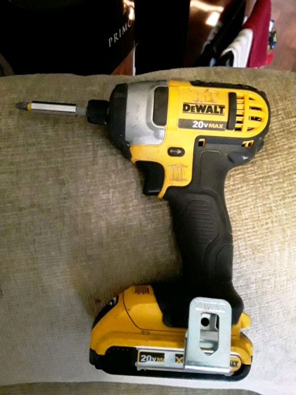 Used Yellow And Black Dewalt Cordless Impact Wrench For In San Jose Letgo