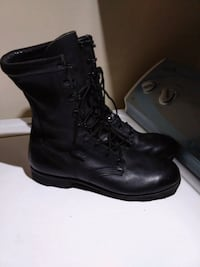 pair of black leather boots Burnsville, 28714