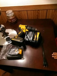black and yellow DeWalt cordless power drill Silver Spring, 20906