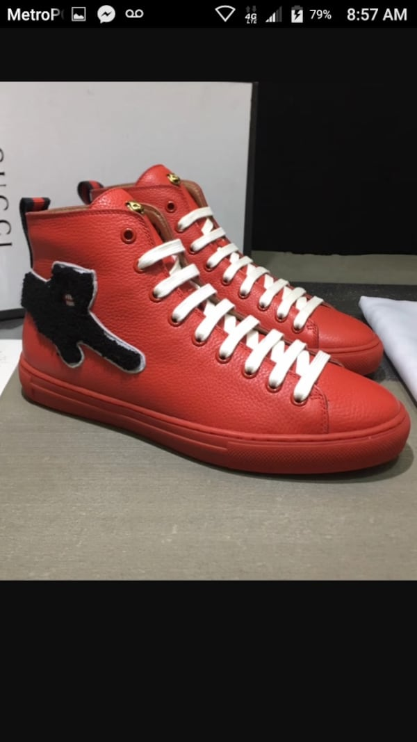 BY ORDER ONLY Preowned Gucci World Collection Sneakers size 6-12 46a01828-b299-4128-be76-38f6421959e5