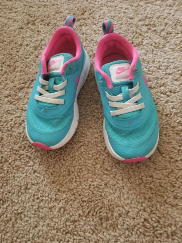 491fae0b7e9017 Used Blue Nikes (9c) for sale in Manassas - letgo