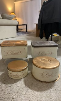 Vintage tin bread and cake boxes