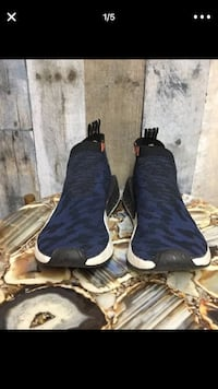 pair of black leather boots 2231 mi