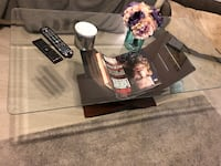 Glass top coffee table & end table Myrtle Beach, 29588