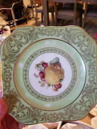 round white and pink floral ceramic plate 10 plate St. Louis, 63119