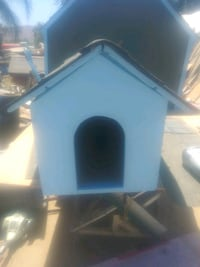 Small dog house Norco, 92860