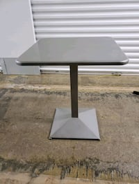 "bistro metal table 28h"" table top 24""x24"""