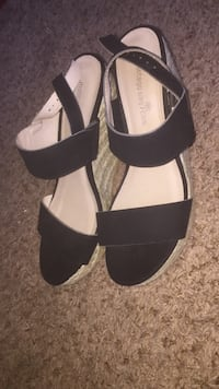 black and tan wedges Scappoose, 97056