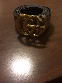 Black gucci leather belt with gold-colored buckle size 46 Fort Washington, 20744