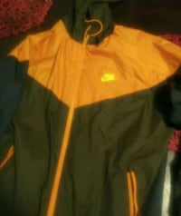 Nike jacket Windsor