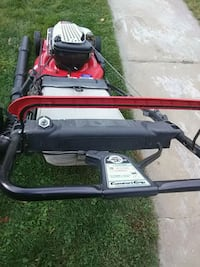 red and black push mower Cleveland, 44109