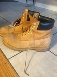 Timberlands size 8 1/2 Vaughan, L4H 2N1