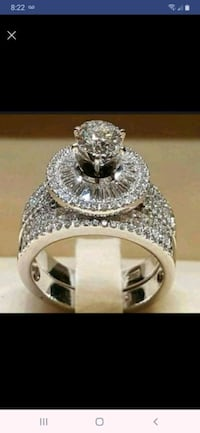 Size 6 &7 available gorgeous ring set Manteca, 95336