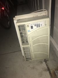 Air conditioner Mississauga, L5E 1G3