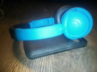 blue and black wireless headphones Welland