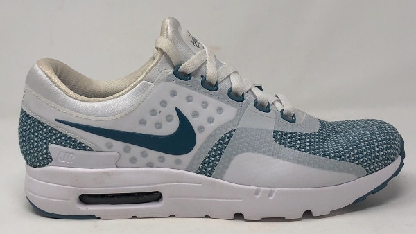 Used NIKE AIR MAX ZERO ESSENTIAL STYLE   876070 COLOR   003 SIZE   9.5 for  sale in Melville 399a805bc