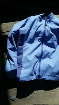 Arcteryx Windjammer Jacket women's size Medium  Vancouver, V5T 2A2
