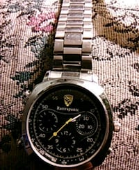 round silver-colored chronograph watch with link bracelet Calgary, T2R 1G6