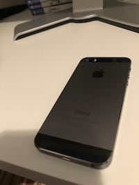 Perfect condition iPhone 5s Space Grey Calgary, T3K 4W4