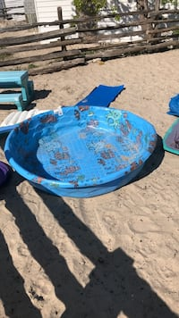 Kiddie pool Wasaga Beach, L9Z 2H9