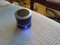 blue and black portable speaker
