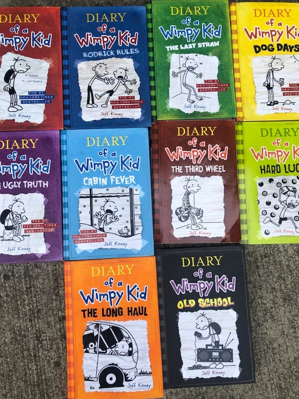 Wimpy kid books great condition like new 70103d30-38f7-45ab-8532-2724b3088b4d