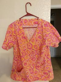 pink and yellow scrub shirt Lubbock, 79424