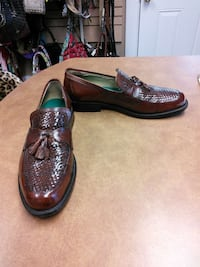 Johnston and Murphy shoes sz 12